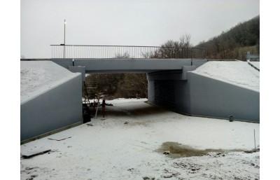 Окраска моста на а/д Севастополь-Ялта, с. Гончарное, отметка 8+457