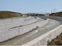 Егорлыкская ГЭС, Холостой водосброс