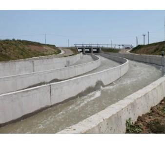 Егорлыкская ГЭС, Холостой водосброс>